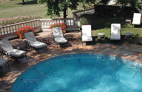 spa thermal tablissement thermal d uriage. Black Bedroom Furniture Sets. Home Design Ideas